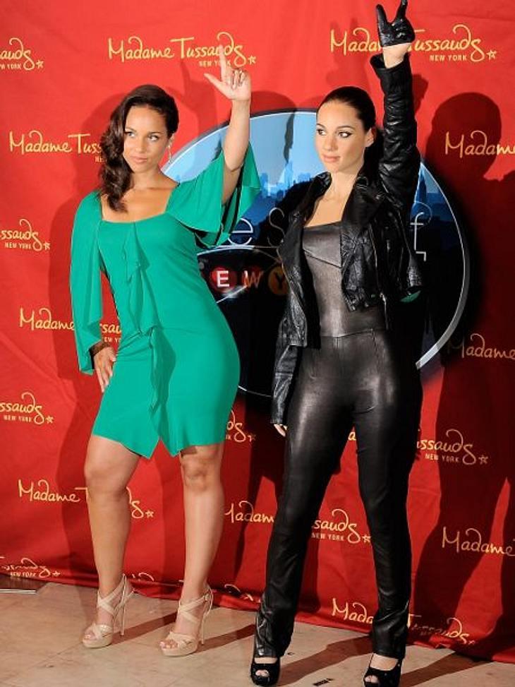 Im Juni 2011 durfte sich Alicia Keys über ihre eigene Wachsfigur freuen. Das Wachs-Double der jungen Mutti ist ganz in Leder gekleidet.