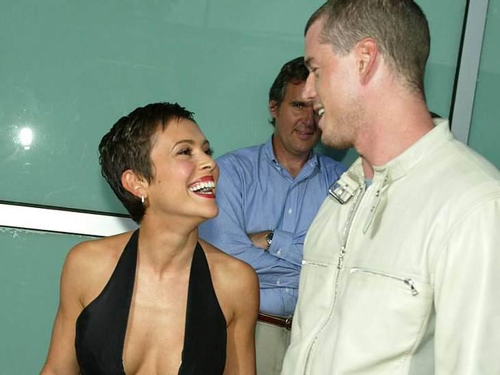 """Was? Die waren mal ein Pärchen?2003 drehten  Alyssa Milano und  Eric Dane gemeinsam """"Charmed"""". Sie verliebten sich, die Beziehung hielt aber nur wenige Monate."""