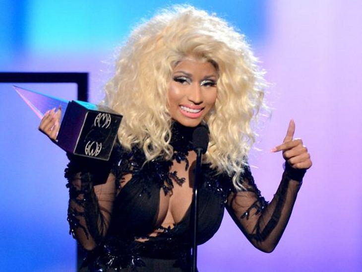 """""""American Music Awards 2012""""Als beste HipHop-Künstlerin und für das beste HipHop-Album."""