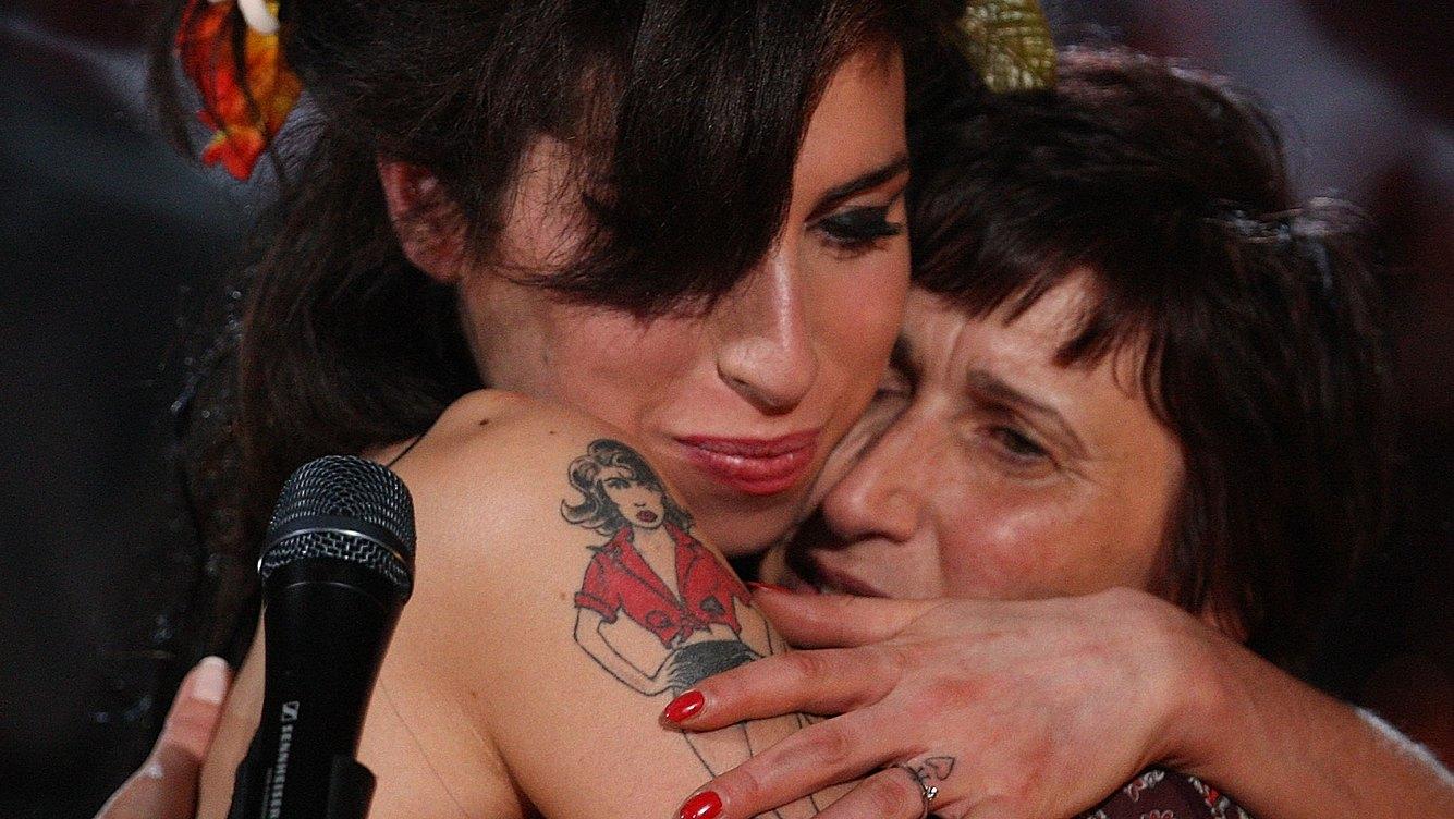 Amy Winehouse und Mama Janis