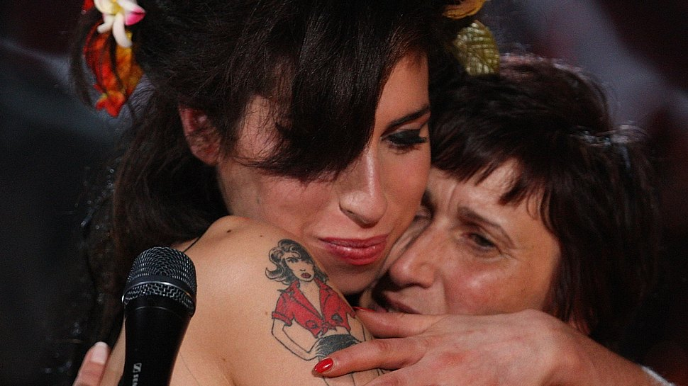 Amy Winehouse und Mama Janis - Foto: GettyImages