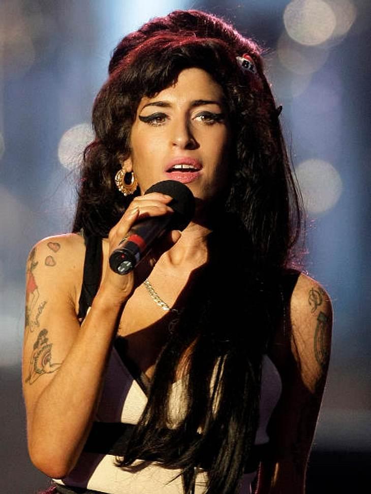 Die Psycho-Krisen der StarsKeine Frage: Amy Winehouse († 27) war ein Ausnahmetalent. Doch so einzigartig ihre Musik auch war, so dramatisch war auch der Lebenswandel der Sängerin. Schon mit 14 Jahren flog Amy Winehouse wegen aggressiven Ver
