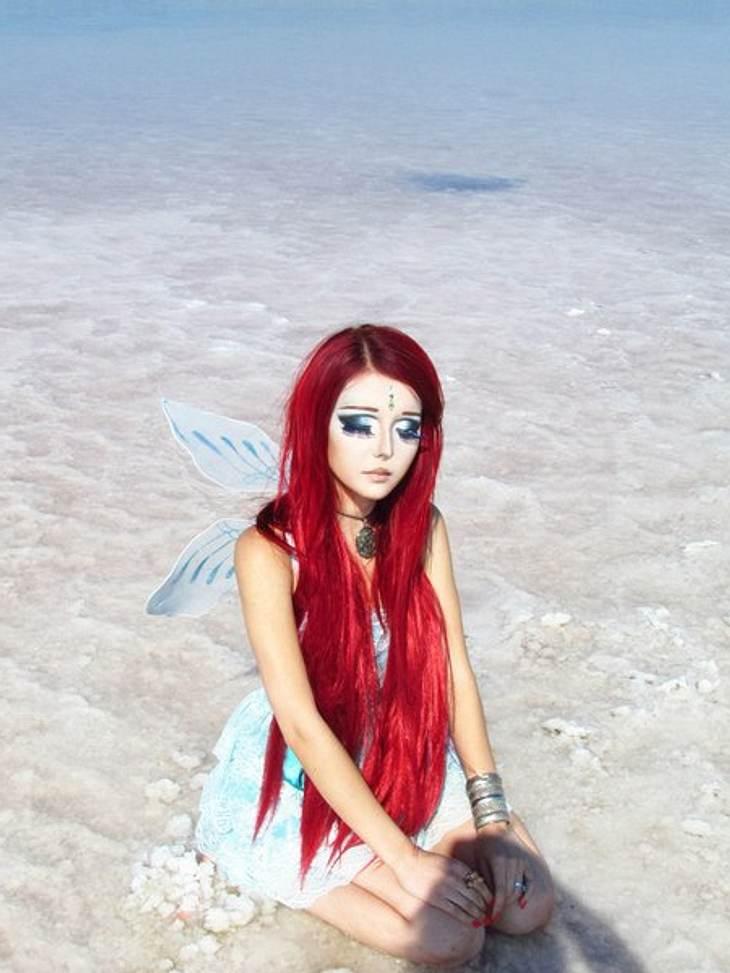 Das fleischgewordene Manga-Mädchen: Anastasiya ShpaginaSie liebt den Feen-Look: Auf vielen Bildern zeigt sich Anastasiya Shpagina mit Flügeln und in zarten Farben.