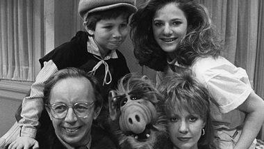 Andrea Elson als Tochter Lynn Tanner in der Serie Alf - Foto: Getty Images