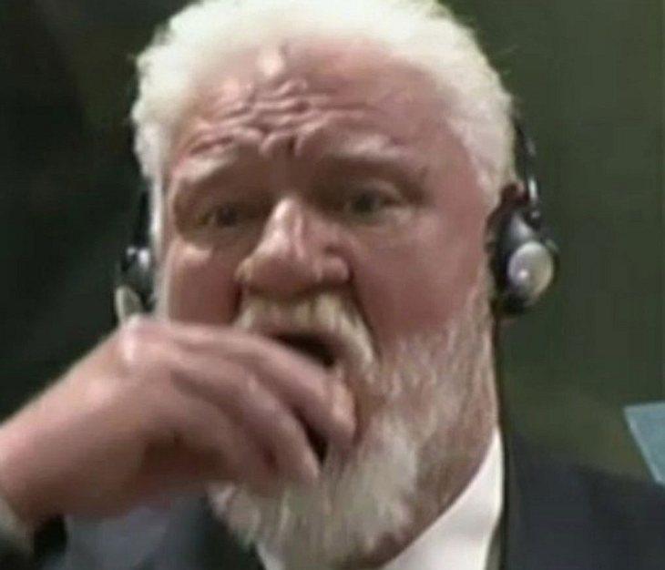 Angeklagter vergiftet sich vor Gericht