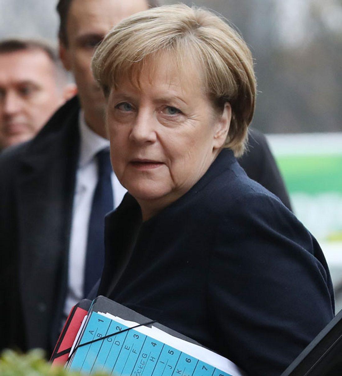 Angela Merkel: Schock News! Angriff auf die Kanzlerin