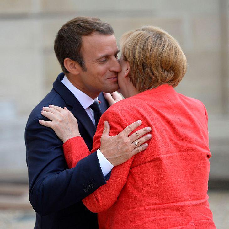 Angela Merkel und Emmanuel Macron genießen die Nähe des Anderen