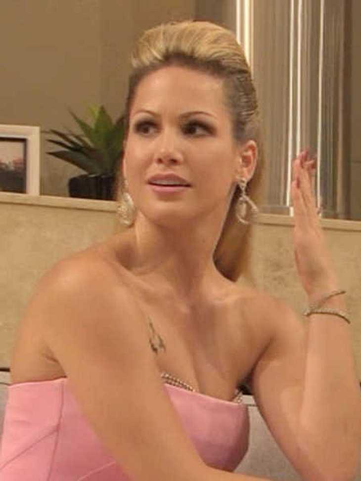 Angelina bittet nach ihrem Trauer-Posting um Verständnis.