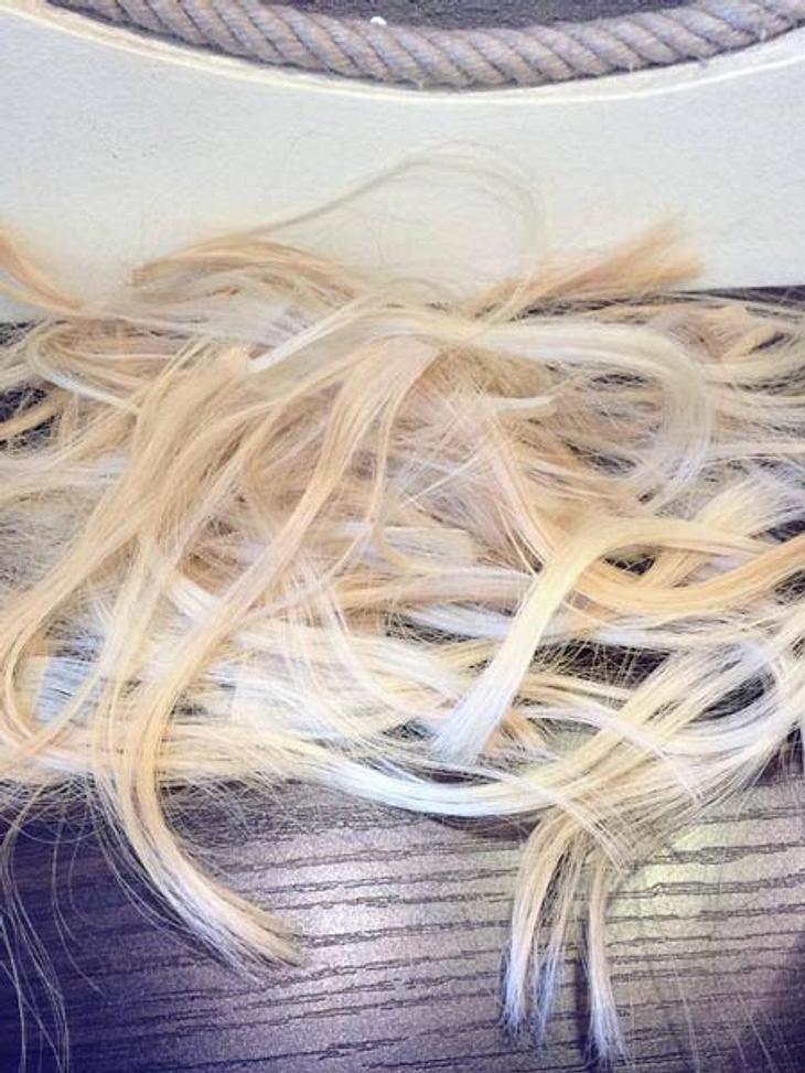 Angelina Heger hat sich die Haare abschneiden lassen