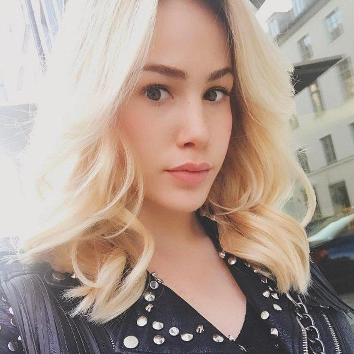 Angelina Heger ist wieder blond