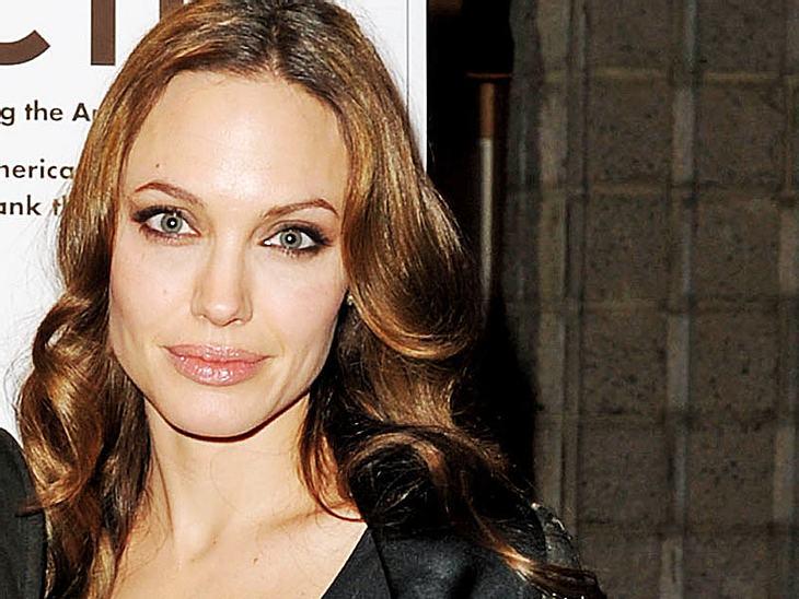 3.000 Frauen fanden: Angelina Jolie ist die schönste Frau des letzten Jahrzehnts!