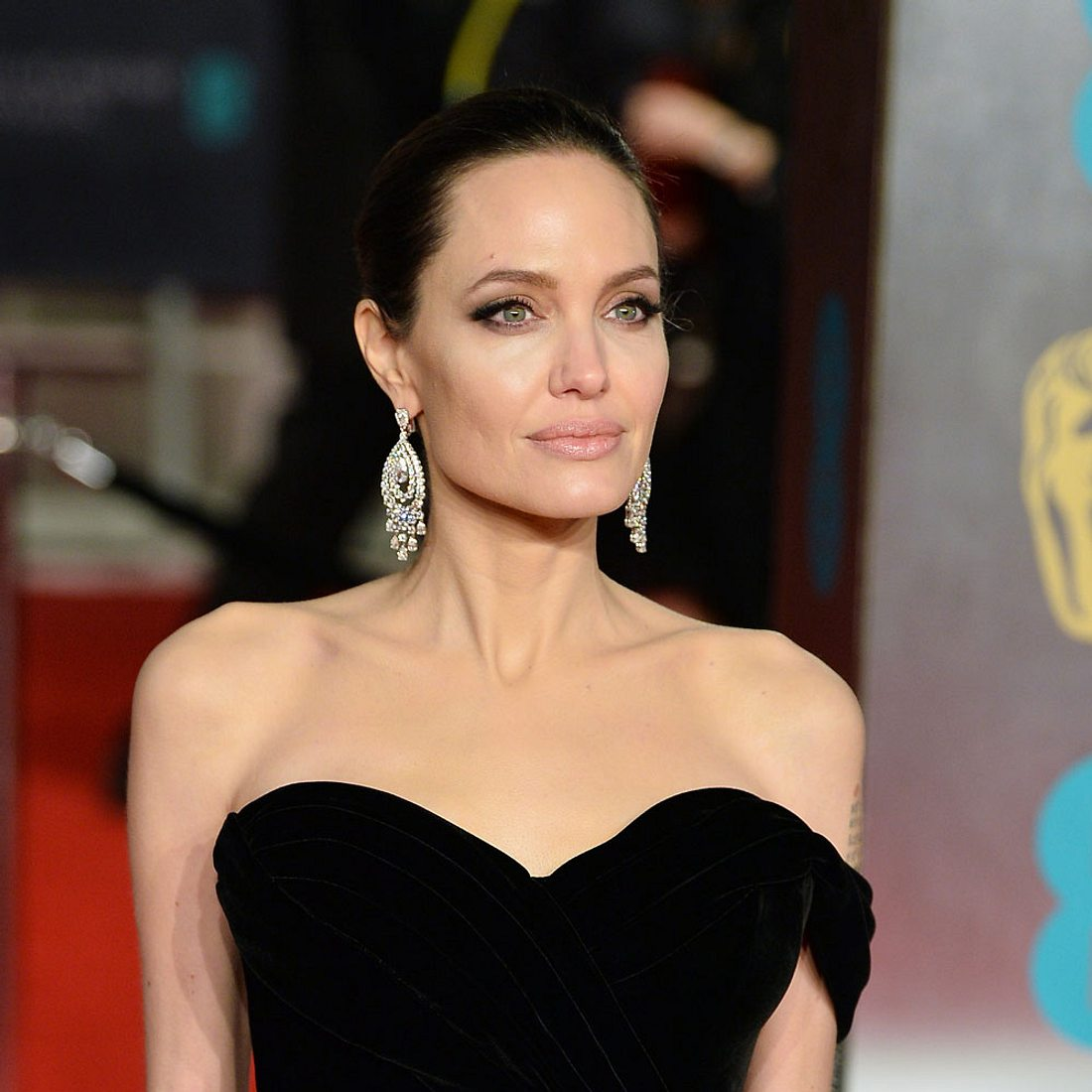 Angelina Jolie mager