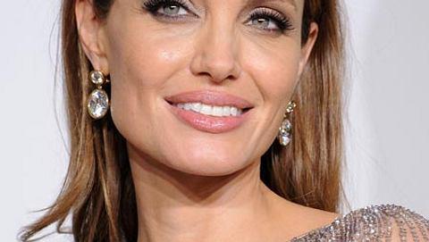 Angelina Jolie wird sich die Gebärmutter und die Eierstöcke entfernen lassen. - Foto: Getty Images