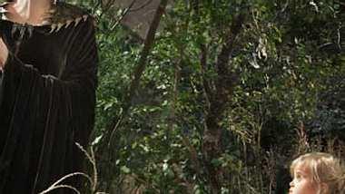 """Angelina Jolie und Vivienne Jolie-Pitt in """"Maleficent"""" - Foto: Walt Disney"""