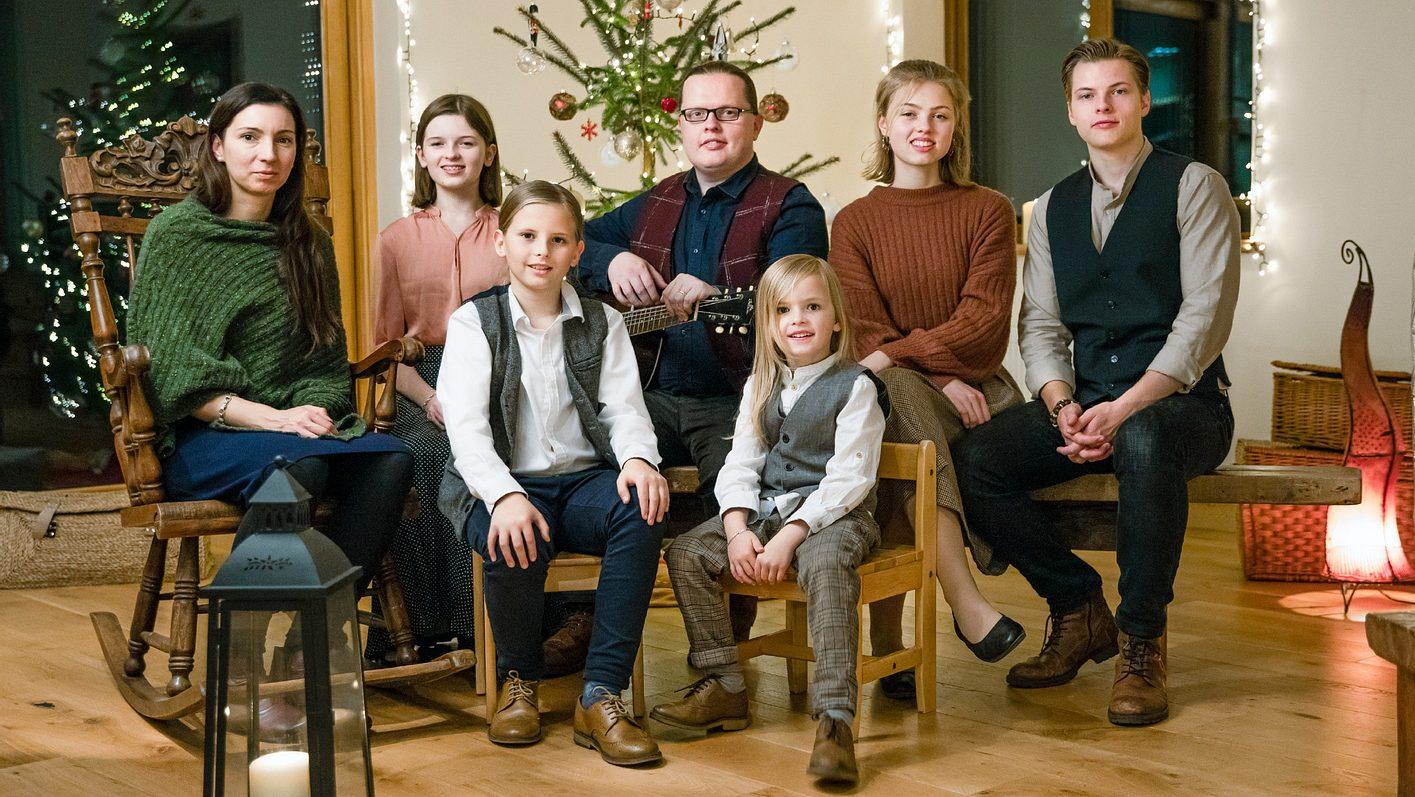 Angelo Kelly und seine Kinder feiern Weihnachten