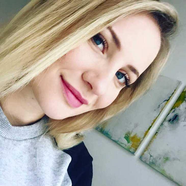 Ania Niedieck AWZ schwanger Baby