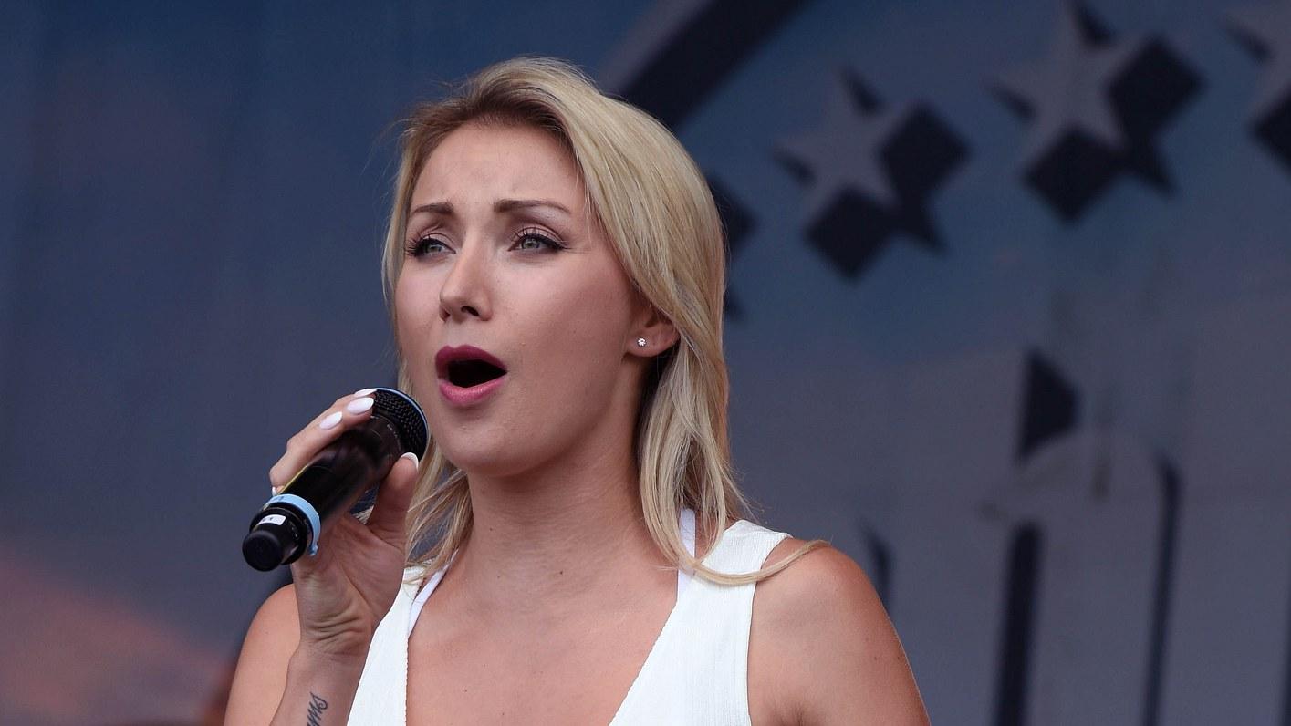 Anna-Carina Woitschack: