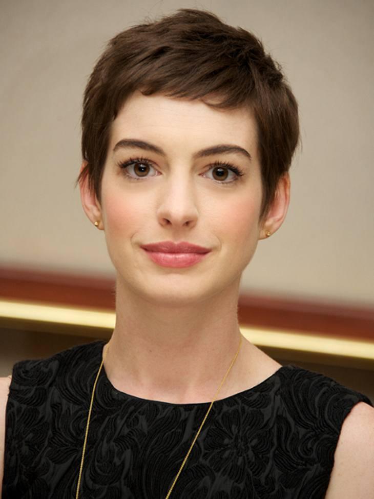 Black And White Der Style Von Anne Hathaway Bild 8
