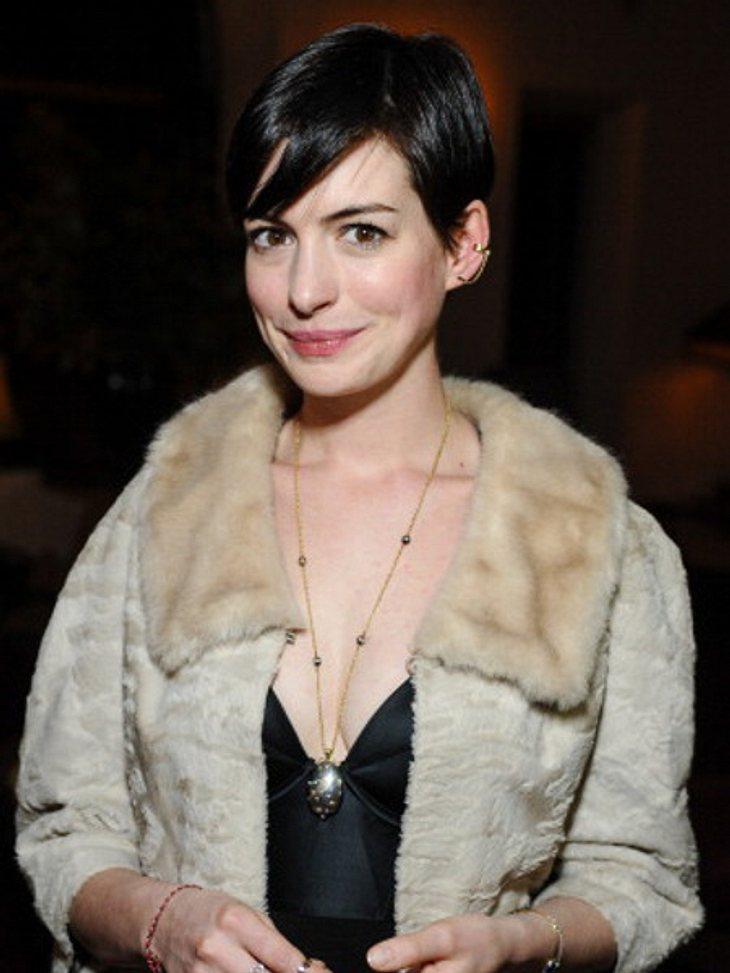 Anne Hathaway wäre fast ertrunken!
