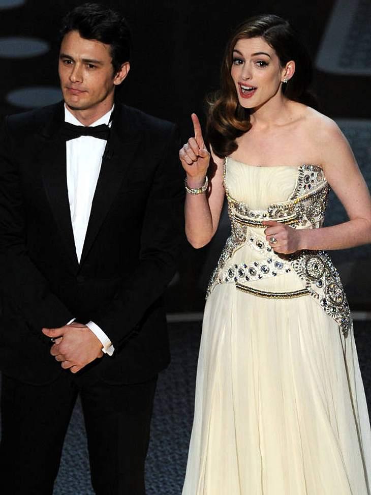 Oscar-Verleihung 2011Es ist vollbracht: Der wichtgste Filmpreis in Hollywood ist mit einer fantastischen Show zu Ende gegangen. Die großen Gewinner und Verlierer stehen fest. Auf dem roten Teppich haben wir wieder atemberaubende Roben geseh