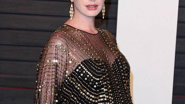 Bekommt Anne Hathaway ein Mädchen? - Foto: Getty Images