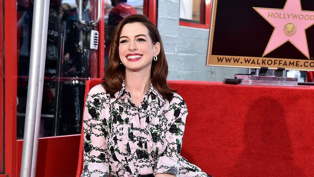 Anne Hathaway: Jaa, sie ist wieder schwanger