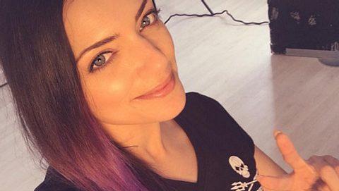 Anne Menden hat jetzt bunte Haare - Foto: Instagram/ Anne Menden