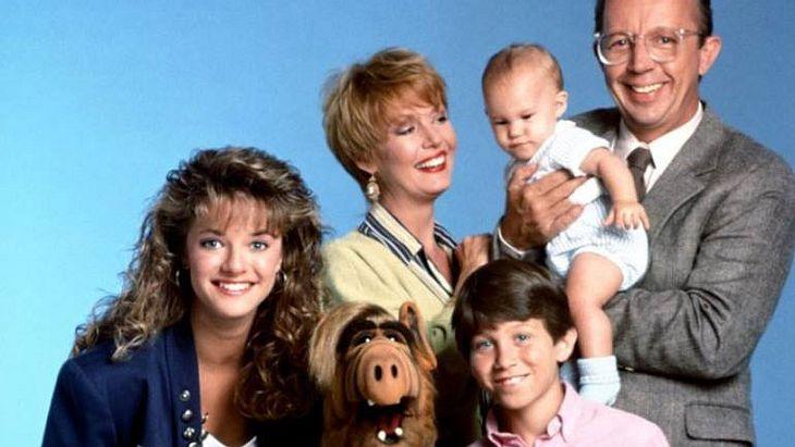 """Anne Schedeen als Kate Tanner mit ihrer Familie in """"ALF"""""""