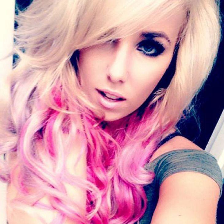 Annemarie Eilfeld überrascht Mit Pinken Haaren Intouch