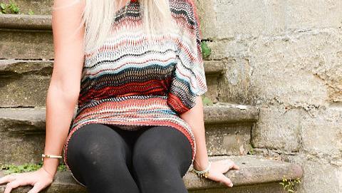 Annemarie Eilfeld glaubt, dass sie ganz besondere Füße hat - Foto: VOX/Stefanie Schumacher