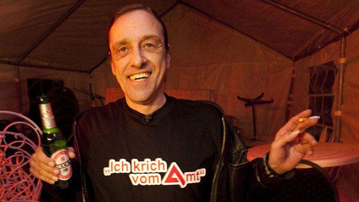 Arno Dübel: Das macht der Kult-Arbeitslose heute! | InTouch
