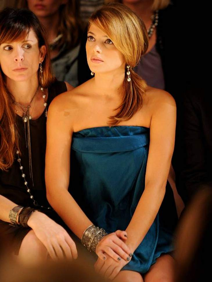 """Total gefesselt war  """"Twilight""""-Star Ashley Greene von der Donna Karan-Show."""