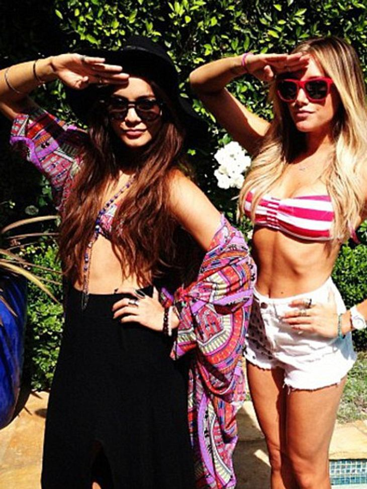 Vanessa Hudgens und Ashley Tisdale feiern den Memorial Day.