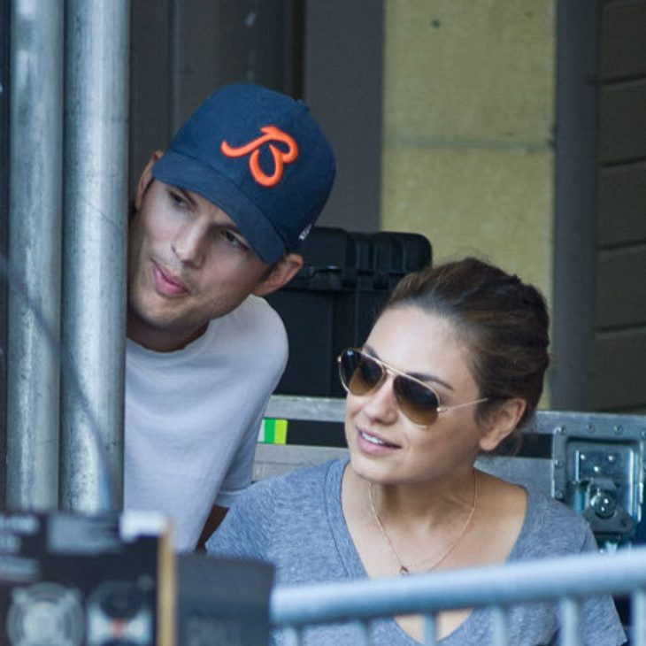 Ashton Kutcher kann Mila Kunis heiraten - von Demi Moore ist er endlich geschieden.