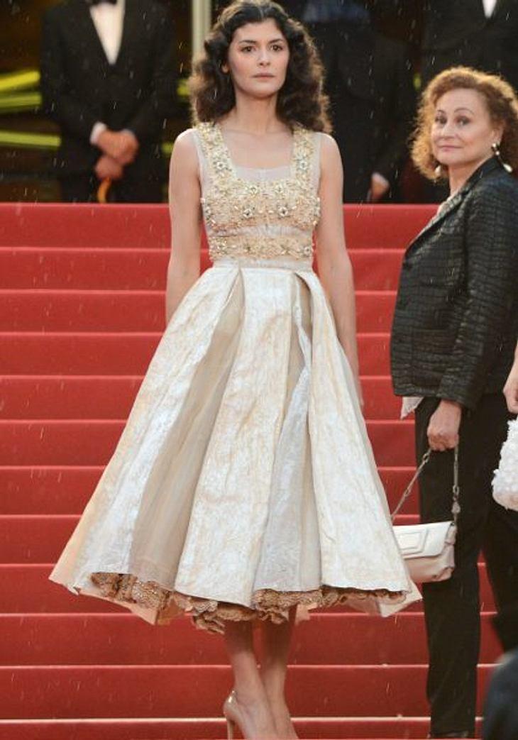Cannes 2012 Wie immer sah die französische Schauspielerin Audrey Tautou (35) aus, wie aus einer anderen Zeit. Einfach entzückend!