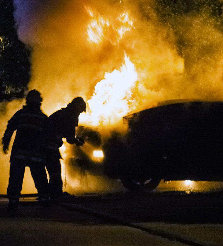 Sprengsatz explodiert an Auto in Bremen