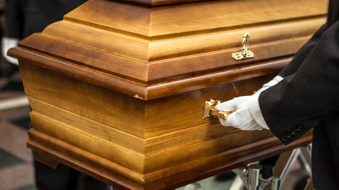 Horror-Fund in einem Bestattungsinstitut