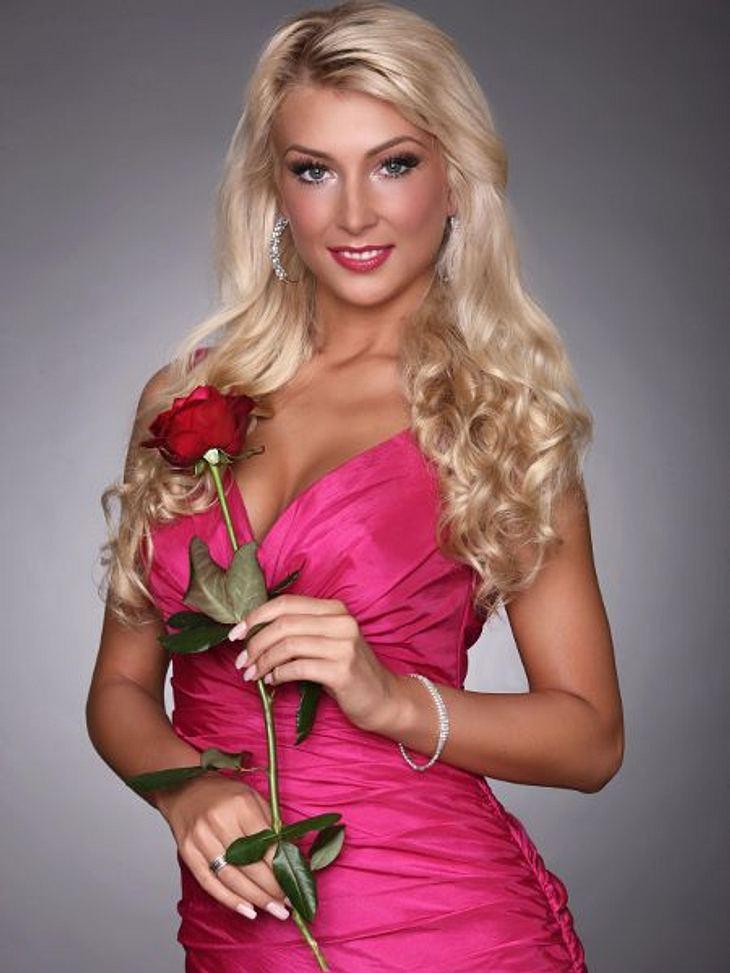 """""""Der Bachelor"""" 2013 - die KandidatinnenNina (24, Erzieherin) aus Güster bei Hamburg,"""
