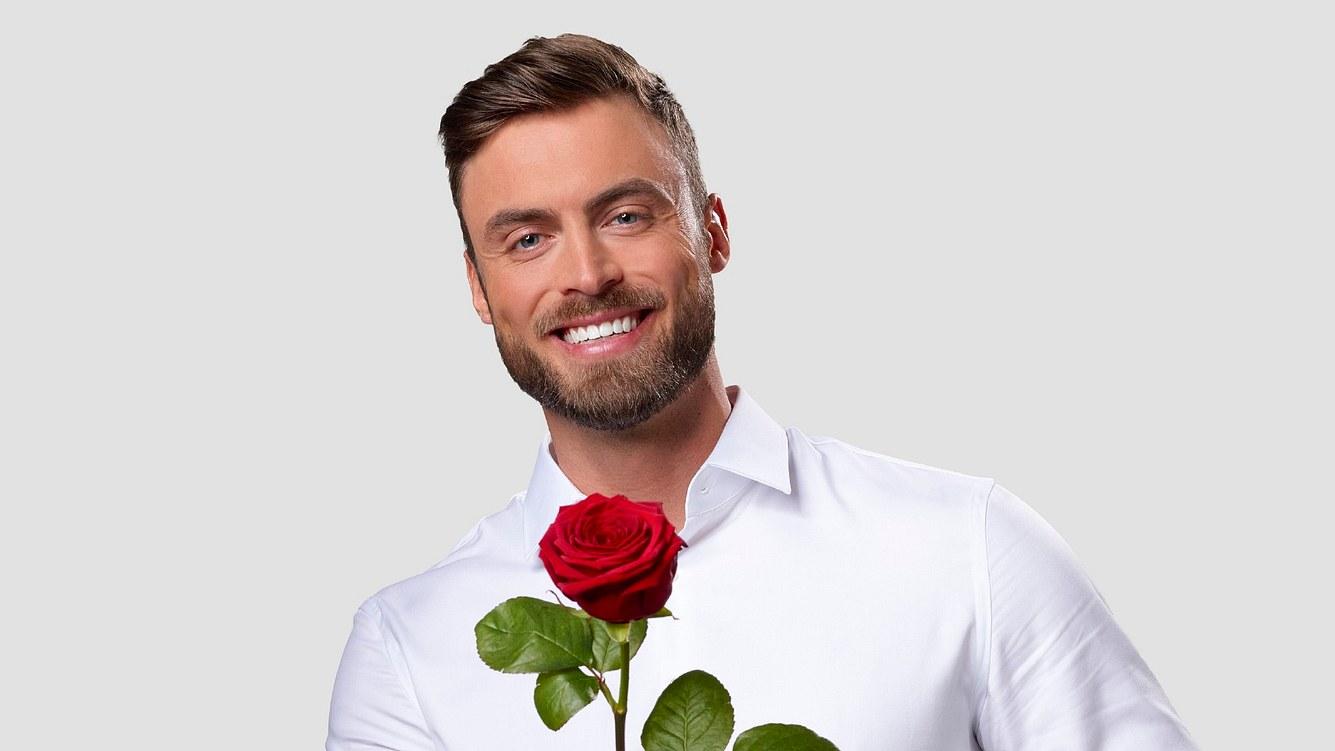 Der Bachelor Niko Griesert: Erster Kuss