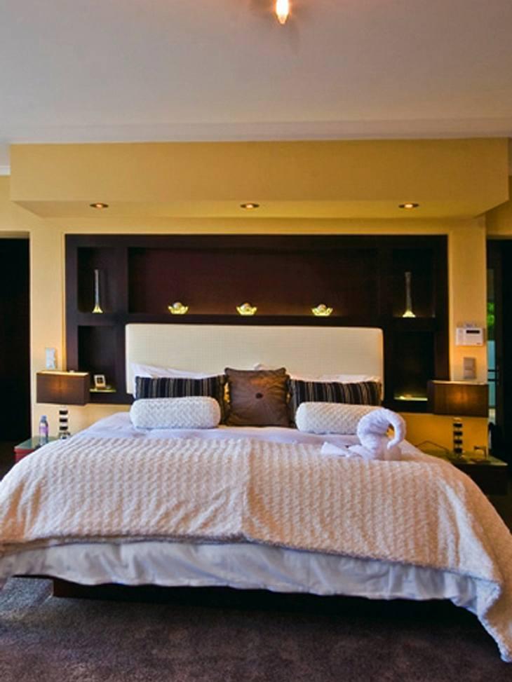 """""""Der Bachelor"""" 2013 - Ein Blick ins Innere der Luxus-VillaEines von fünf Schlafzimmern. Welche Geschichten diese Wände wohl erzählen könnten..."""