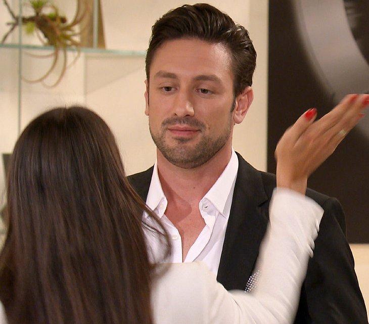 Yeliz schlägt Bachelor Daniel