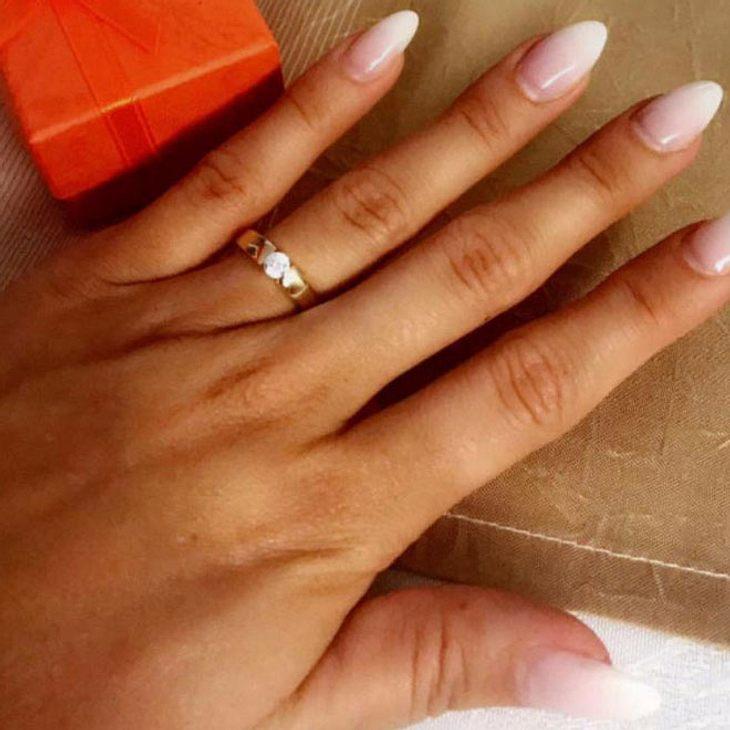 Ist die Bachelorette verlobt?