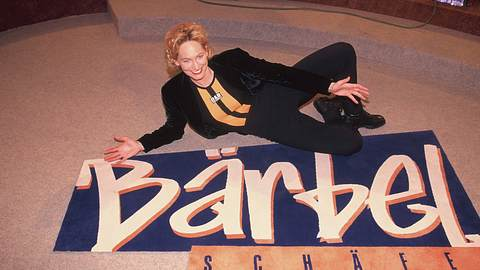 Bärbel Schäfer posiert 2001 für ihre Talkshow - Foto: Imago