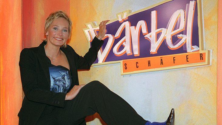 Bärbel Schäfer posiert 2001 für ihre Talkshow
