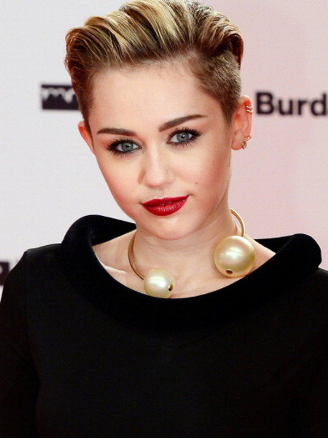 Miley Cyrus: Mega-Zoff mit Jennifer Lawrence?