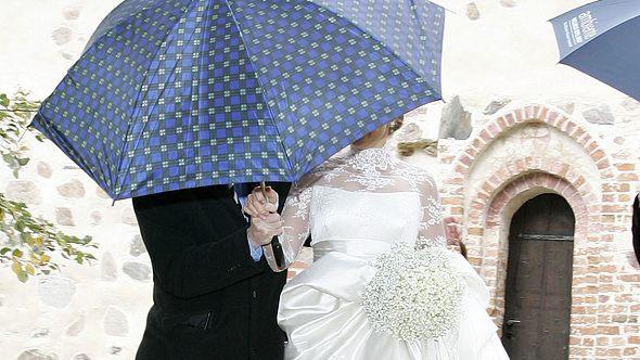 Versteckt heiratet Barbara Schöneberger ihren Mann Maximilian von Schierstädt - Foto: Getty Images