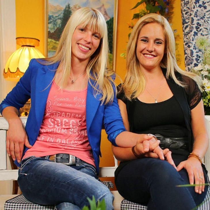 """In der Schweiz sind Kinder für """"Bauer sucht Frau""""-Paar Lena und Janine so gut wie ausgeschlossen."""