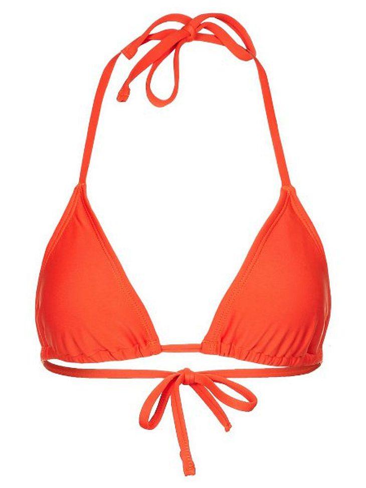 Sonja Zietlow: Ihr sexy Dschungelcamp-LookBikini-Top in Orange von Beach Panty, um 39,95 Euro.
