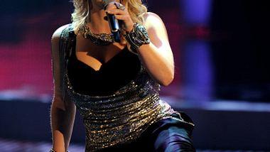 Nur beim Singen hat sie keine Chance zu telefonieren - Foto: Getty Images