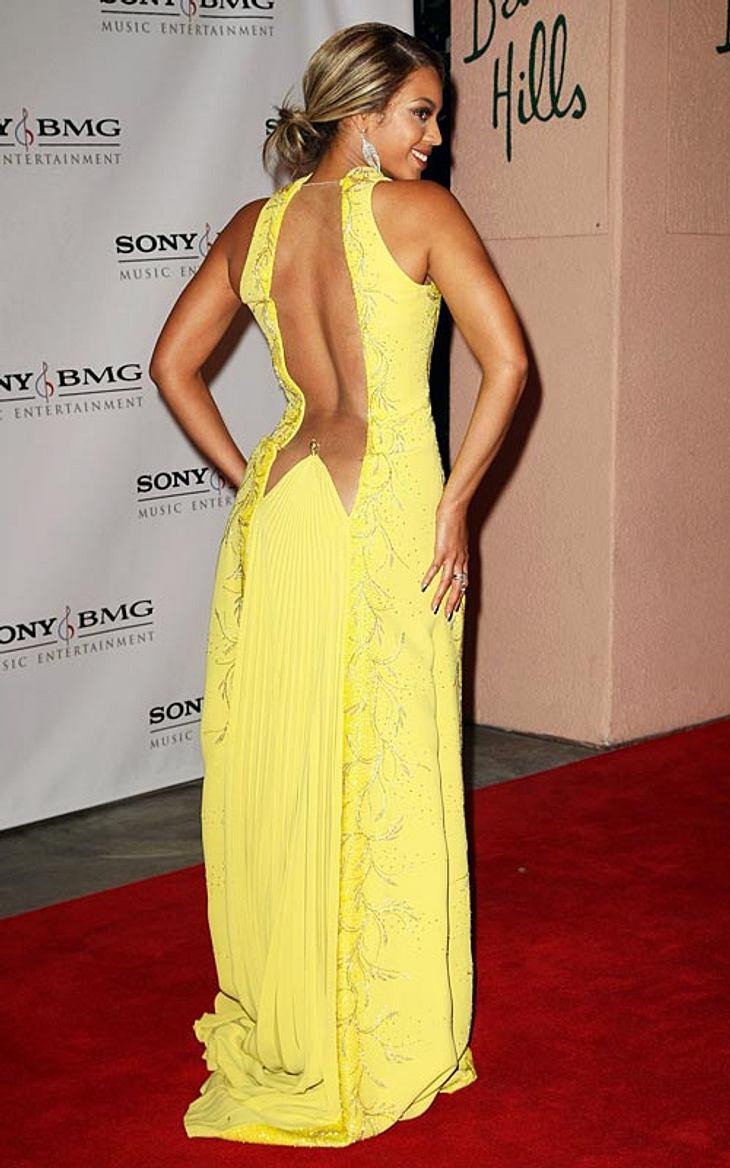 Ein dicker Hintern ist gesund! Diese Stars fühlen sich auch mit Rundungen pudelwohl!Beyonce Knowles ist zwar stolz auf ihre Kurven, aber es bedeutet auch harte Arbeit, sie knackig zu halten. Kniebeugen, Sit-Ups, viel Zeit auf dem Stepper un